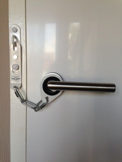 Ultimate Door Chain to Secure Your Doors | Stop The Burglar 01 8249605